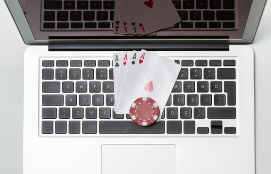 Kortspel på datorn